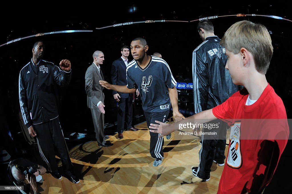 <a gi-track='captionPersonalityLinkClicked' href=/galleries/search?phrase=Boris+Diaw&family=editorial&specificpeople=201505 ng-click='$event.stopPropagation()'>Boris Diaw</a> #33 of the San Antonio Spurs gets introduced before the game against the Golden State Warriors in Game One of the Western Conference Semifinals during the 2013 NBA Playoffs on May 6, 2013 at the AT&T Center in San Antonio, Texas.
