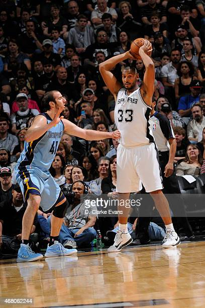 Boris Diaw of the San Antonio Spurs handles the ball against Kosta Koufos of the Memphis Grizzlies on March 29 2015 at the ATT Center in San Antonio...