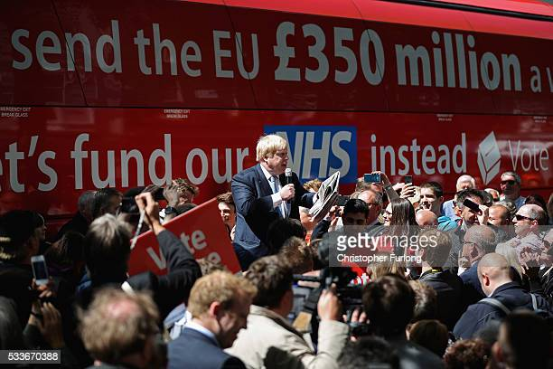 Boris Johnson MP addresses members of the public in Parliament St York during the Brexit Battle Bus tour of the UK on May 23 2016 in York England...