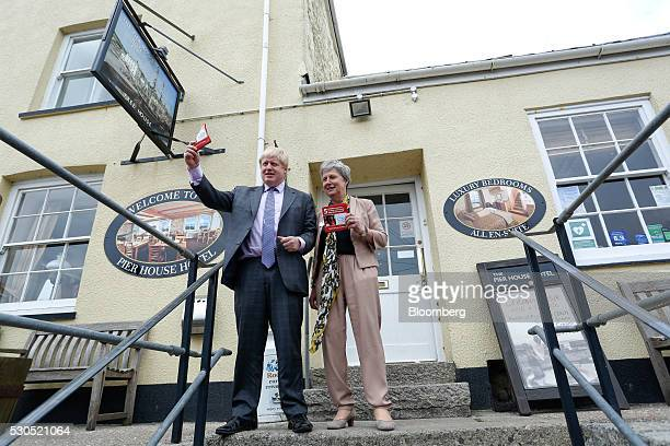 Boris Johnson the former mayor of London and Gisela Stuart lawmaker for the Labour Party campaign during the first day of a nationwide bus tour to...