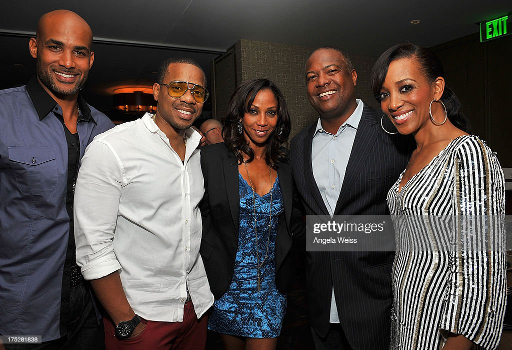 <a gi-track='captionPersonalityLinkClicked' href=/galleries/search?phrase=Boris+Kodjoe&family=editorial&specificpeople=240156 ng-click='$event.stopPropagation()'>Boris Kodjoe</a>, <a gi-track='captionPersonalityLinkClicked' href=/galleries/search?phrase=Duane+Martin&family=editorial&specificpeople=224682 ng-click='$event.stopPropagation()'>Duane Martin</a>, Holly Robinson-Peete, <a gi-track='captionPersonalityLinkClicked' href=/galleries/search?phrase=Rodney+Peete&family=editorial&specificpeople=220342 ng-click='$event.stopPropagation()'>Rodney Peete</a> and guest attend the Vatulele Island Resort launch event in Los Angeles, California, on July 31, 2013 in Los Angeles, California.