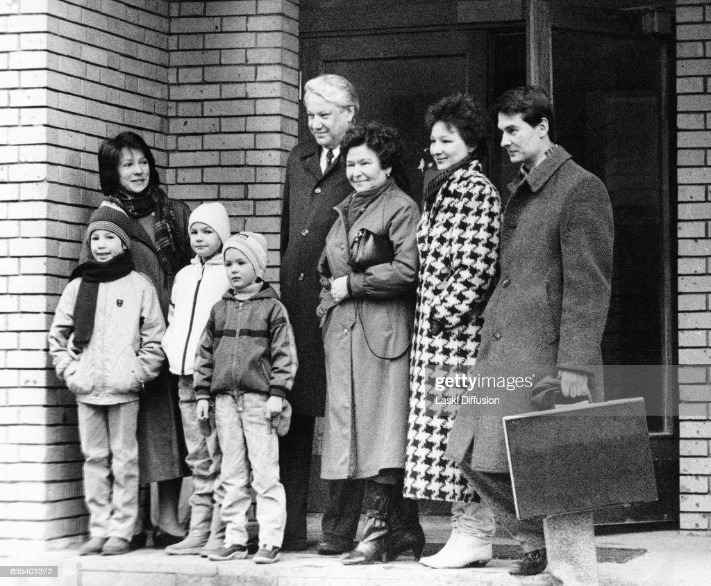 Boris Yeltsin with family in Moscow, Russia. From the left: Boris's daughter Tatiana Dyachenko with children, Boris Yeltsin with his wife Naina Yeltsina, Boris's daughter Elena Okulova, her husband Valery Okulov.