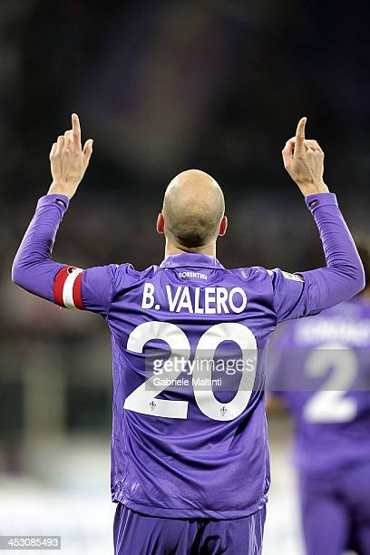 Borja Valero of ACF Fiorentina celebrates after scoring a goal during the Serie A match between ACF Fiorentina and Hellas Verona FC at Stadio Artemio...