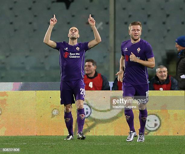 Borja Valero of Fiorentina celebrates the opening goal during the Serie A match between ACF Fiorentina and Carpi FC at Stadio Artemio Franchi on...