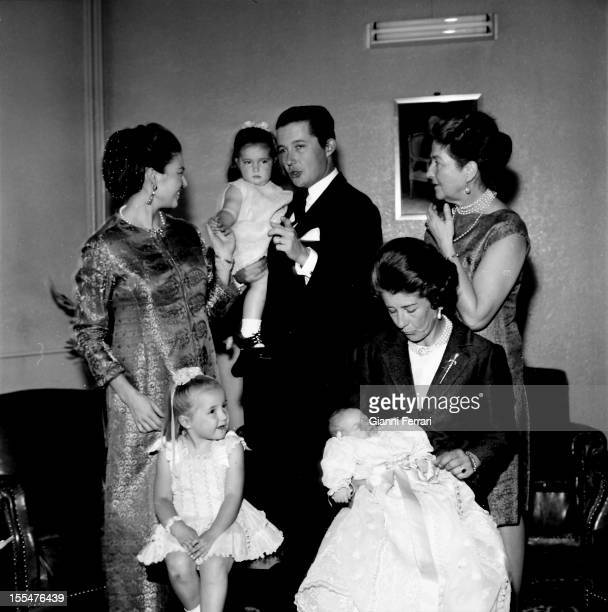 standing Princess Anne of Orleans daughter of the Counts of Paris her daughter Maria her husband Carlos of Borbon Dos Sicilias and her mother Isabel...