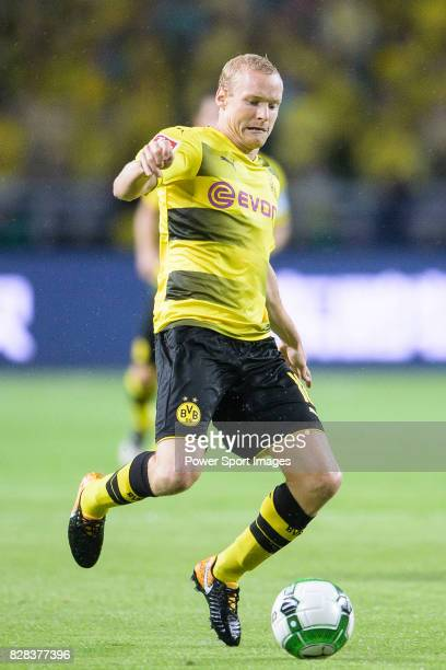 Borussia Dortmund Midfielder Sebastian Rode in action during the International Champions Cup 2017 match between AC Milan vs Borussia Dortmund at...