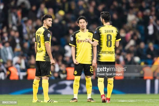Borussia Dortmund Midfielder Shinji Kagawa talks to Nuri Sahin and Borussia Dortmund Mahmoud Dahoud during the Europe Champions League 201718 match...