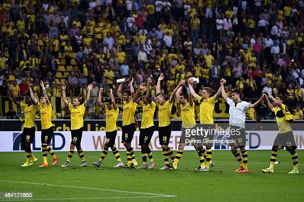 Borussia Dortmund players celebrate after the Bundesliga match between Borussia Dortmund and Borussia Moenchengladbach at Signal Iduna Park on August...