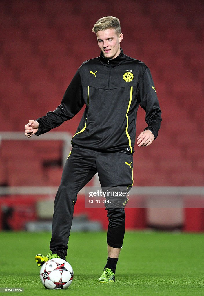Borussia Dortmund's German striker Marvin Ducksch attends a training session at the Emirates Stadium, North London, on October 21, 2013, on the eve of his team's UEFA Champions League Group F football match against Arsenal.