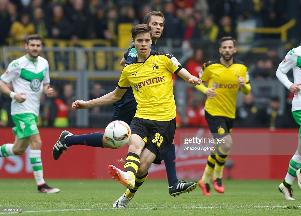Borussia Dortmund's Julian Weigl in action during their Bundesliga soccer match between Borussia Dortmund and VfL Wolfsburg at the Signal-Iduna stadium in Dortmund, Germany on April 30, 2016.