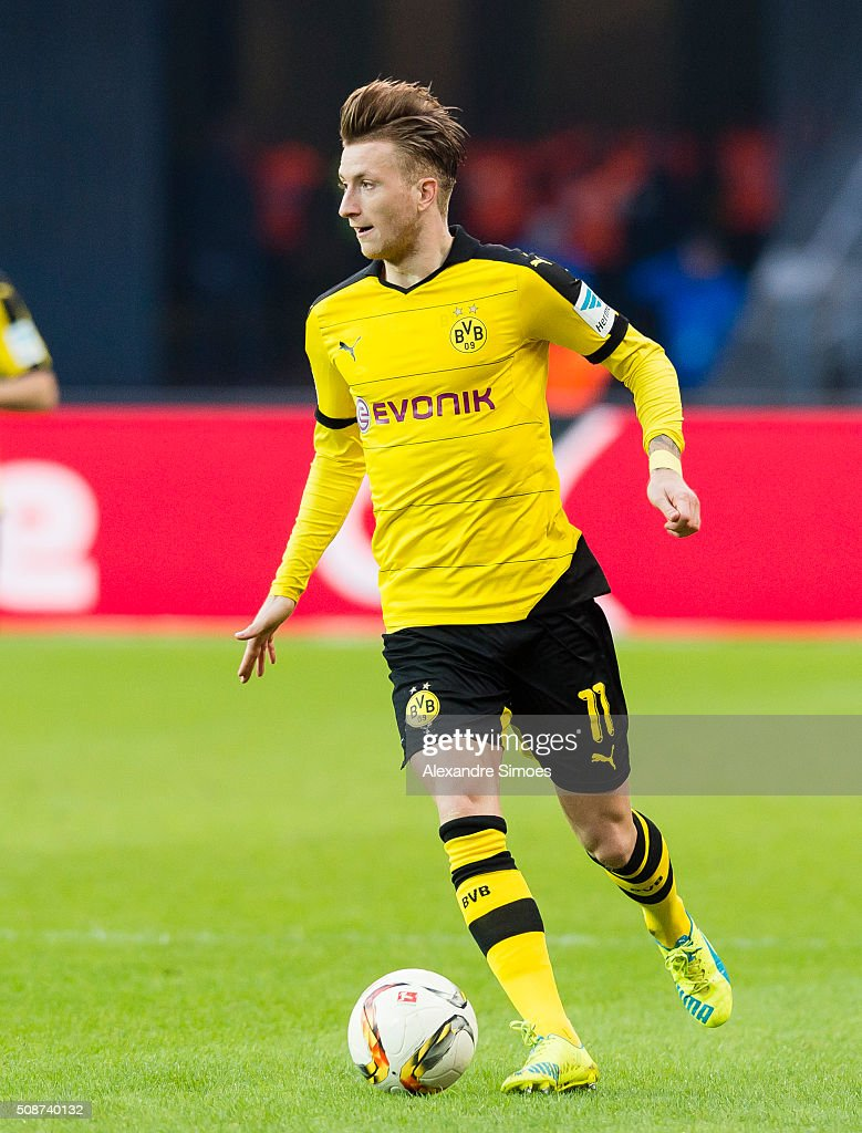 Borussia Dortmund's Marco Reus in action during the Bundesliga match between Hertha BSC and Borussia Dortmund at Olympiastadion on February 06, 2016 in Berlin, Germany.