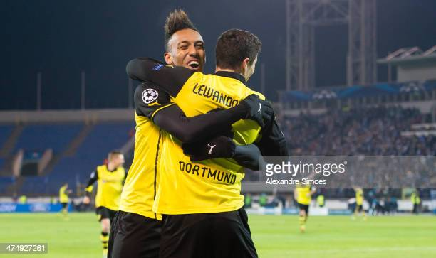 Borussia Dortmund's Robert Lewandowski celebrates after scoring witch PierreEmerick Aubameyang during the UEFA Champions League round of 16 match...