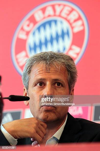 BorussiaTrainer Lucien Favre besucht nach dem Bundesliga Spiel zwischen dem FC Bayern Muenchen und Borussia Moenchengladbach am in der Muenchner...
