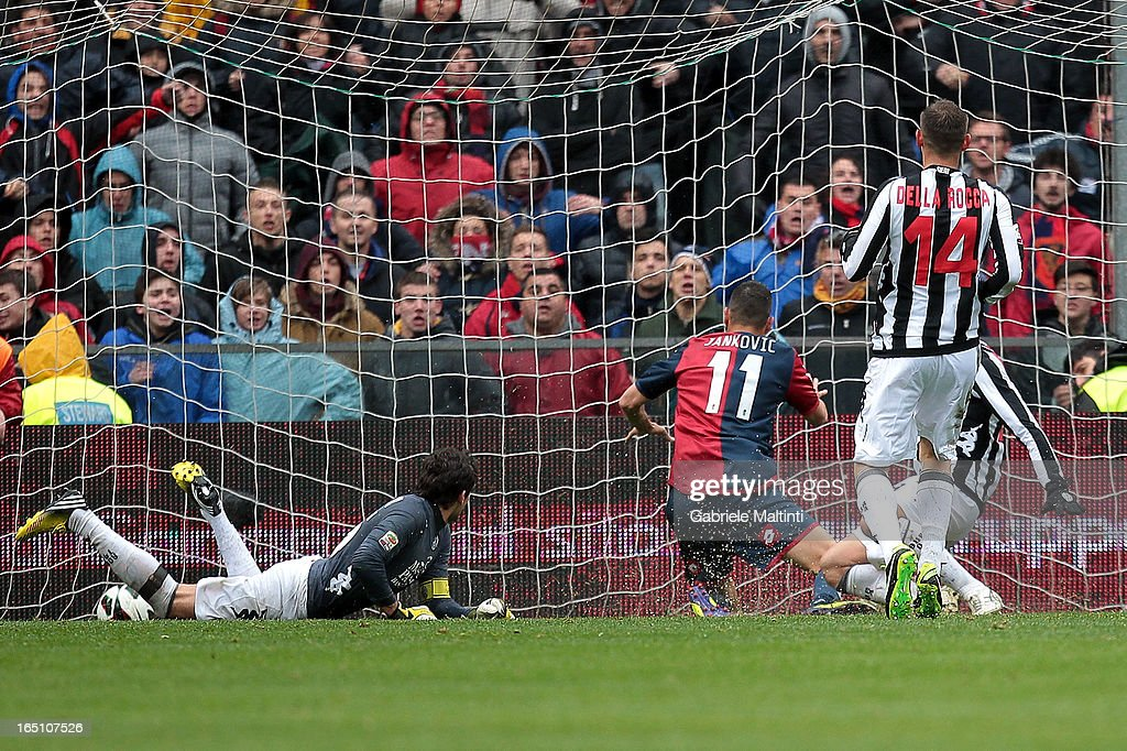 Bosko Jankovic of Genoa CFC scores a goal during the Serie A match between Genoa CFC and AC Siena at Stadio Luigi Ferraris on March 30, 2013 in Genoa, Italy.