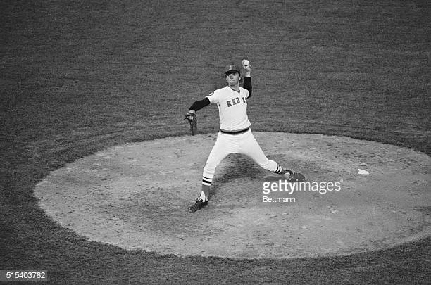 Bosox pitcher Bill Lee has look of determination while firing a twohitter as the Red Sox blanked the Oakland Athletics 70 at Fenway Park