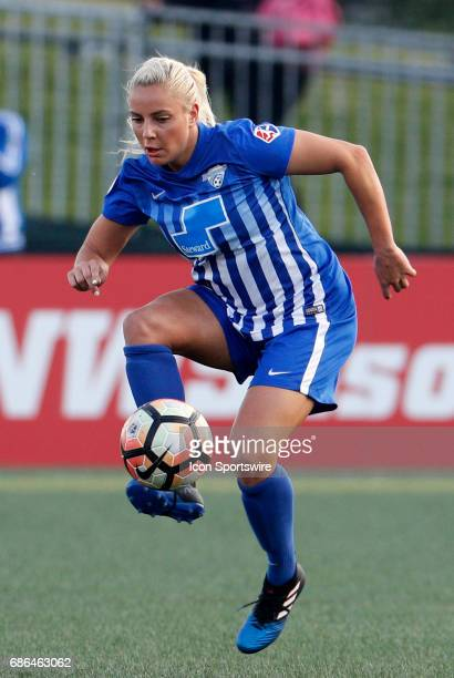 Boston Breakers forward Adriana Leon settles the ball during an NWSL regular season match between the Boston Breakers and Portland Thorns FC on May...