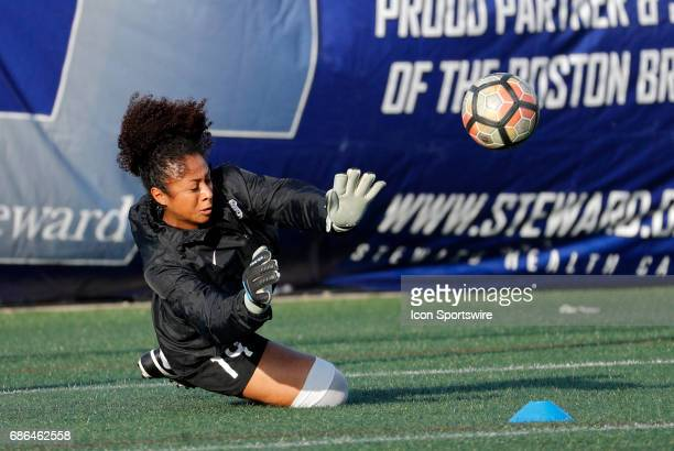 Boston Breakers goalkeeper Abby Smith makes a save in warm up before an NWSL regular season match between the Boston Breakers and Portland Thorns FC...