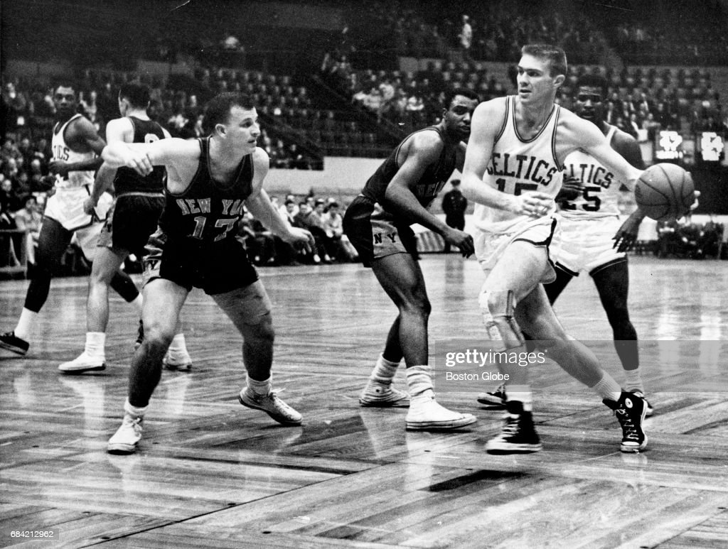 New York Knicks Vs Boston Celtics At Boston Garden