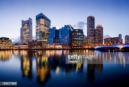 ボストンの街並みの明り米国