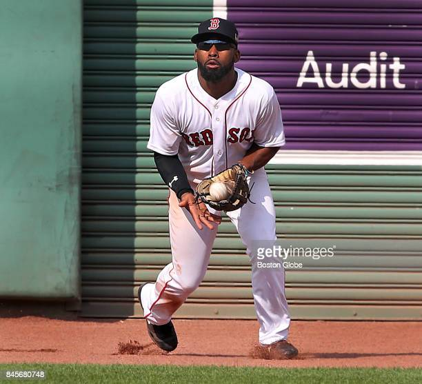 Boston Red Sox center fielder Jackie Bradley Jr catches a top of the sixth inning fly ball hit by the Rays' Adeiny Hechavarria The Boston Red Sox...
