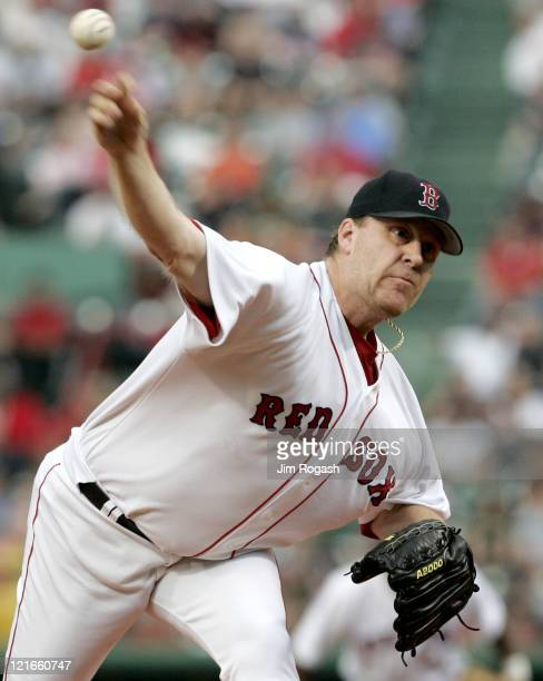 Boston Red Sox pitcher Curt Schilling throws against the Oakland Athletics at Fenway Park in Boston July 8 2004 The Red Sox won 87 in extra innings