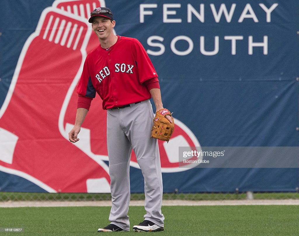 Boston Red Sox Stephen Drew in the outfield during the first full squad team workout. Day four of spring training at the Red Sox training facilities at JetBlue Park on Friday, Feb. 15, 2013.