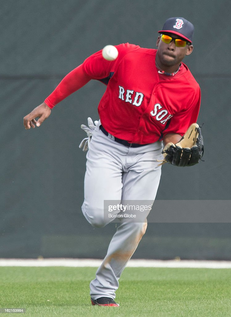 Boston Red Sox top prospect Jackie Bradley, Jr. makes a running catch in center field during spring training at JetBlue Park on Tuesday, Feb. 19, 2013.