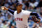 Boston Red Sox's pitcher Pedro Martinez throws during the 21 loss to the New York Yankees 24 May 2001 at Yankee Stadium in New York Martinez record...