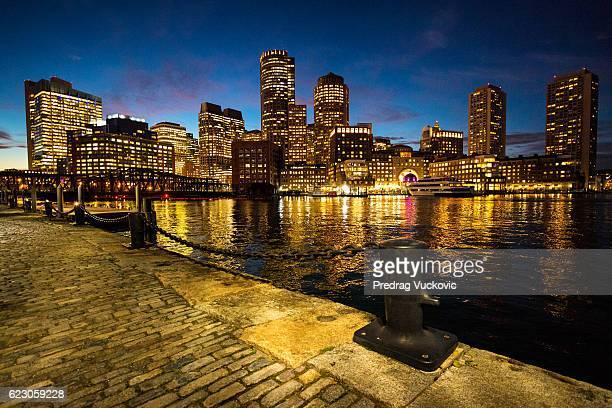 skyline von Boston bei Nacht