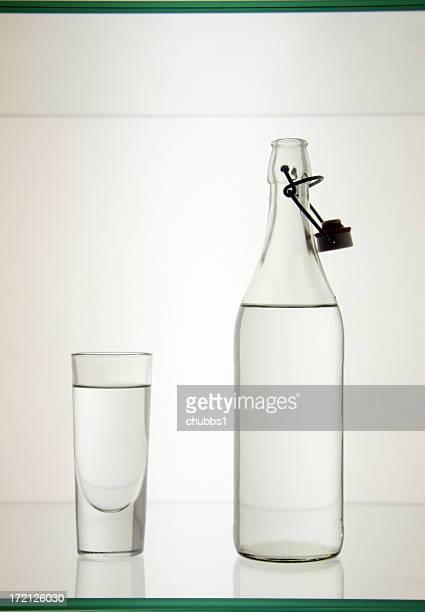 Flasche und Glas