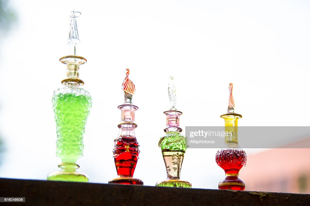 bottle of poison, poisonous capsule, halloween : Stock-Foto