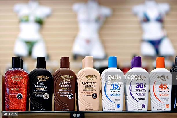 Bottles of sunscreen on sale near mannequins at The Shirtey near the beach in Hollywood Florida Thursday Aug 23 2007 Sun lotions should carry new...
