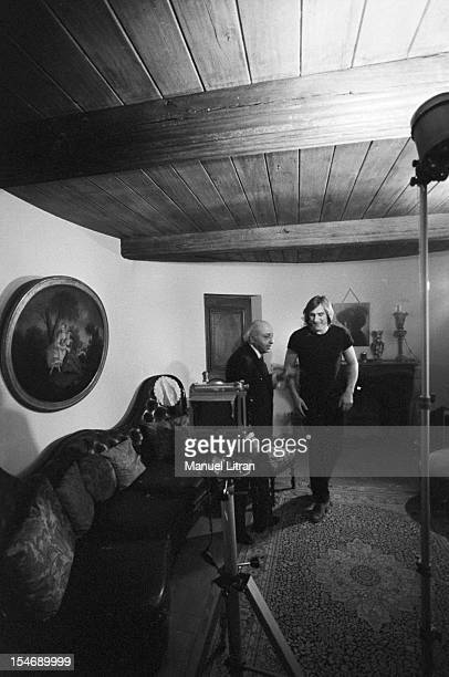 Bougival March 12 Canadian photographer Yousuf Karsh Armenian origin rule the last preparations before photographing the comedian G ¿rard Depardieu...