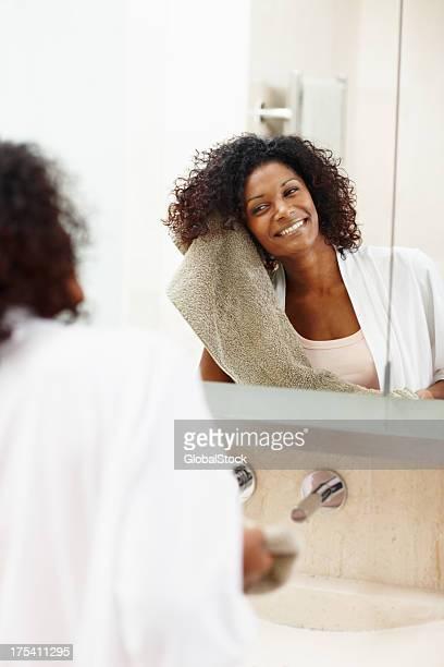 Lebhaft, luxuriöser curls-Haarpflege & Schönheit
