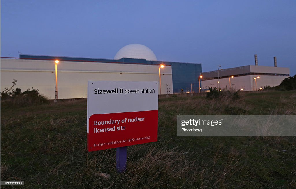 A boundary sign marks the perimeter of the Sizewell B nuclear power station, operated by Electricite de France SA (EDF), in Sizewell, U.K., on Wednesday, Jan. 2, 2013. EDF operates eight U.K. atomic power stations and has proposed to add Areva reactors at its Hinkley Point and Sizewell sites. Photographer: Chris Ratcliffe/Bloomberg via Getty Images
