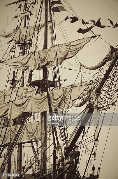 HMS Bounty Masts