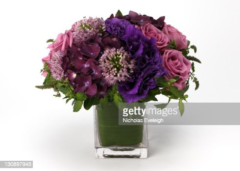 A bouquet of flowers in a vase : Stock Photo