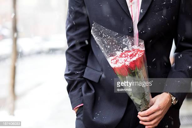 Bouquet de Roses de beau jeune homme pour la Saint-Valentin, Copyspace