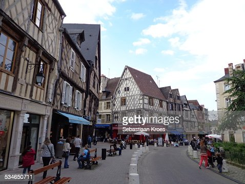 Bourges stock photos and pictures getty images - Stock industriel bourges ...