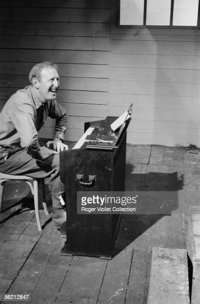 Bourvil during the shooting of the film of Alex Joffe 'Les Culottes rouges' France 1962