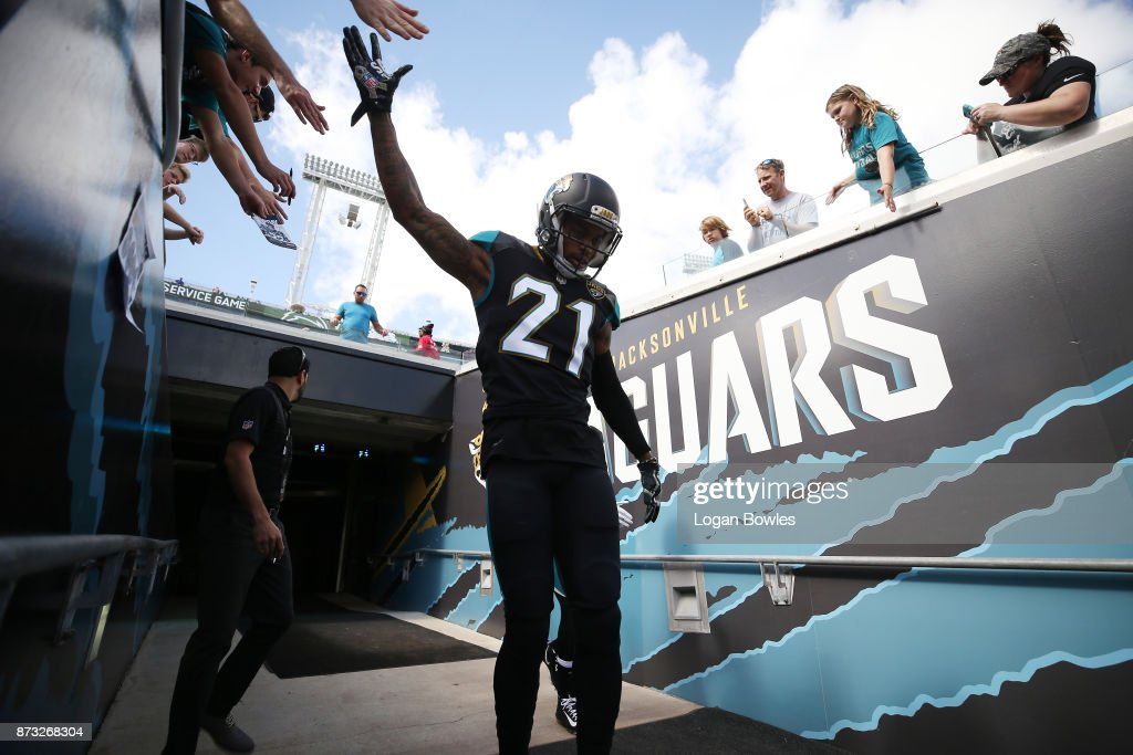 A.J. Bouye #21 of the Jacksonville Jaguars walks to the field prior to the start of their game against the Los Angeles Chargers at EverBank Field on November 12, 2017 in Jacksonville, Florida.