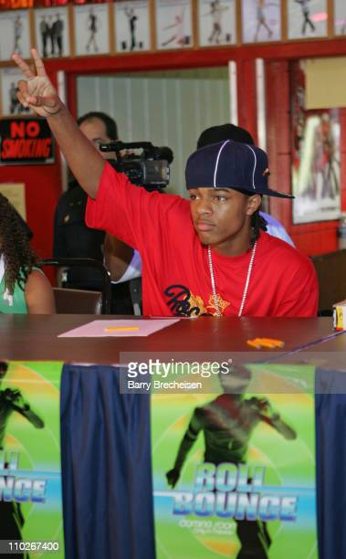 Bow Wow Celebrity Judge during 'Roll Bounce' Final SkateOff at Lynnwood Sports Center in Chicago Illinois United States