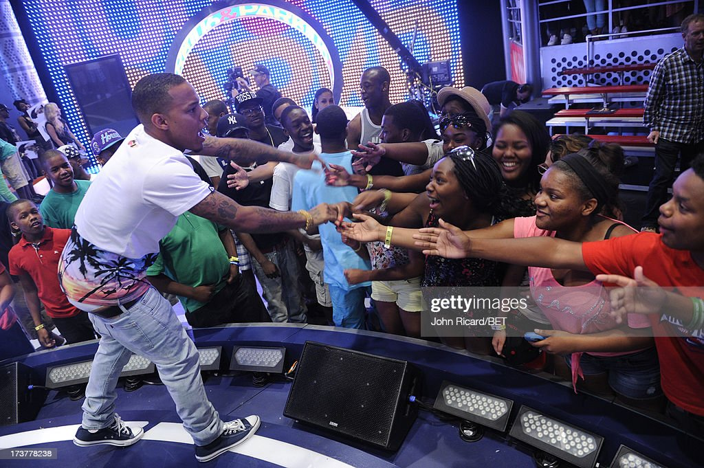 Bow Wow greets fans at BET's 106 & Park at BET Studios on July 17, 2013 in New York City.