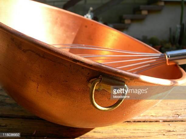 Bowl und whisk