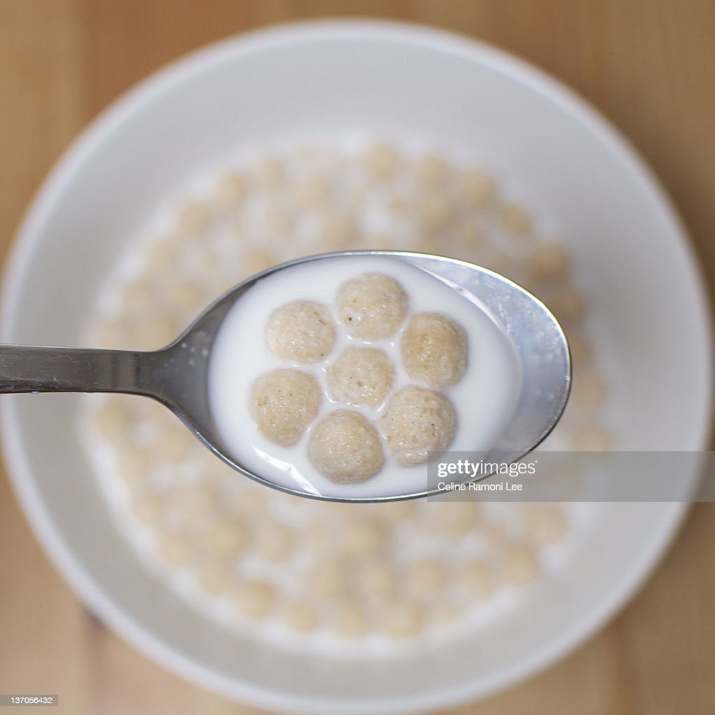 Bowl of cereals : Stock Photo