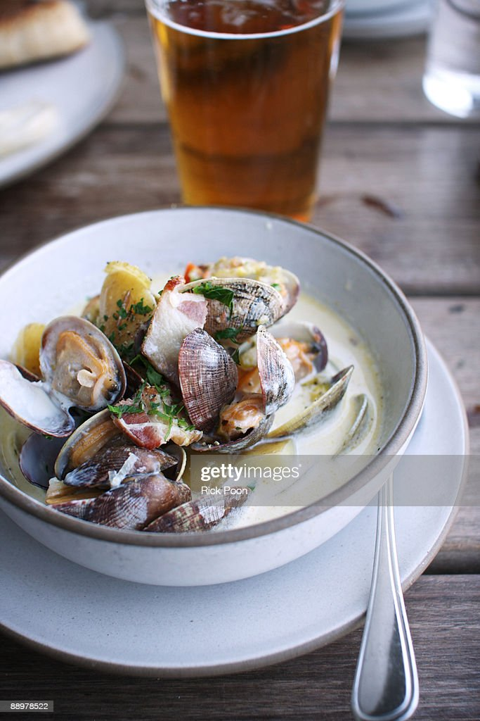 Bowl of clam chowder : Stock Photo
