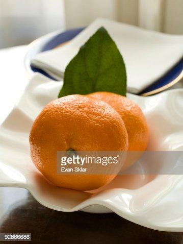 bowl of oranges : Bildbanksbilder