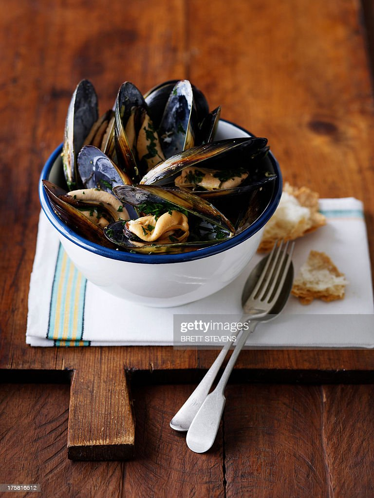 Bowl of peppered mussels