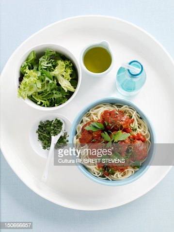 Bowl of spaghetti and meatballs : Foto stock
