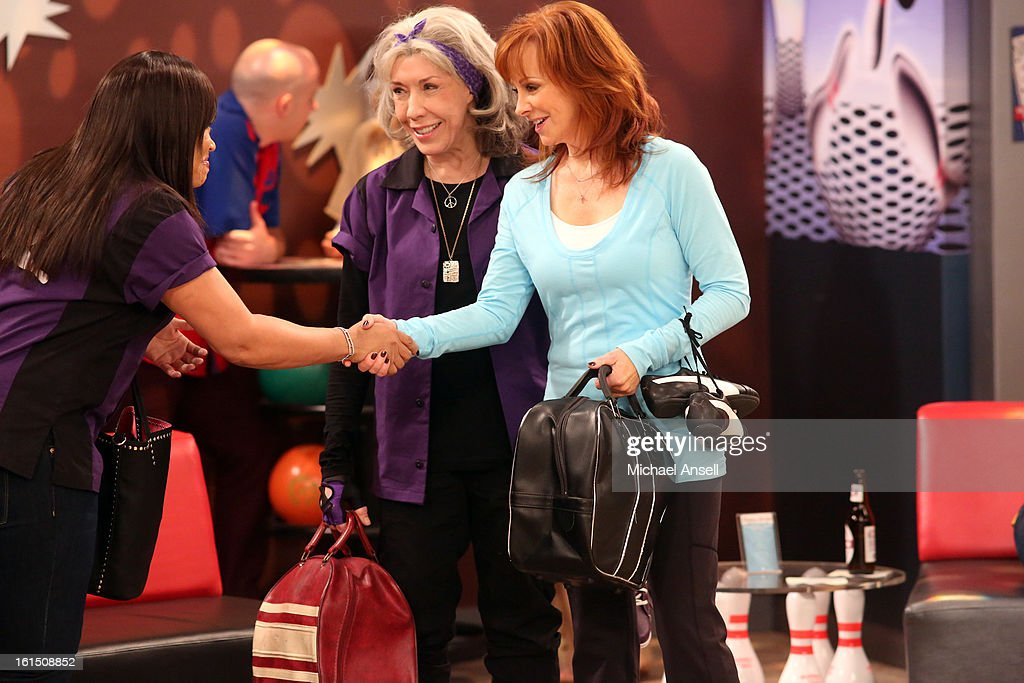 COUNTY - 'Bowling for Mama' - Reba, June and Cash vie to give Lillie Mae the very best birthday gift. But when her wish is for Reba to bowl for her league's opposing team, the competition gets less than friendly, on 'Malibu Country,' FRIDAY, FEBRUARY 22 (8:31-9:00 p.m., ET) on the ABC Television Network. TOMLIN, REBA